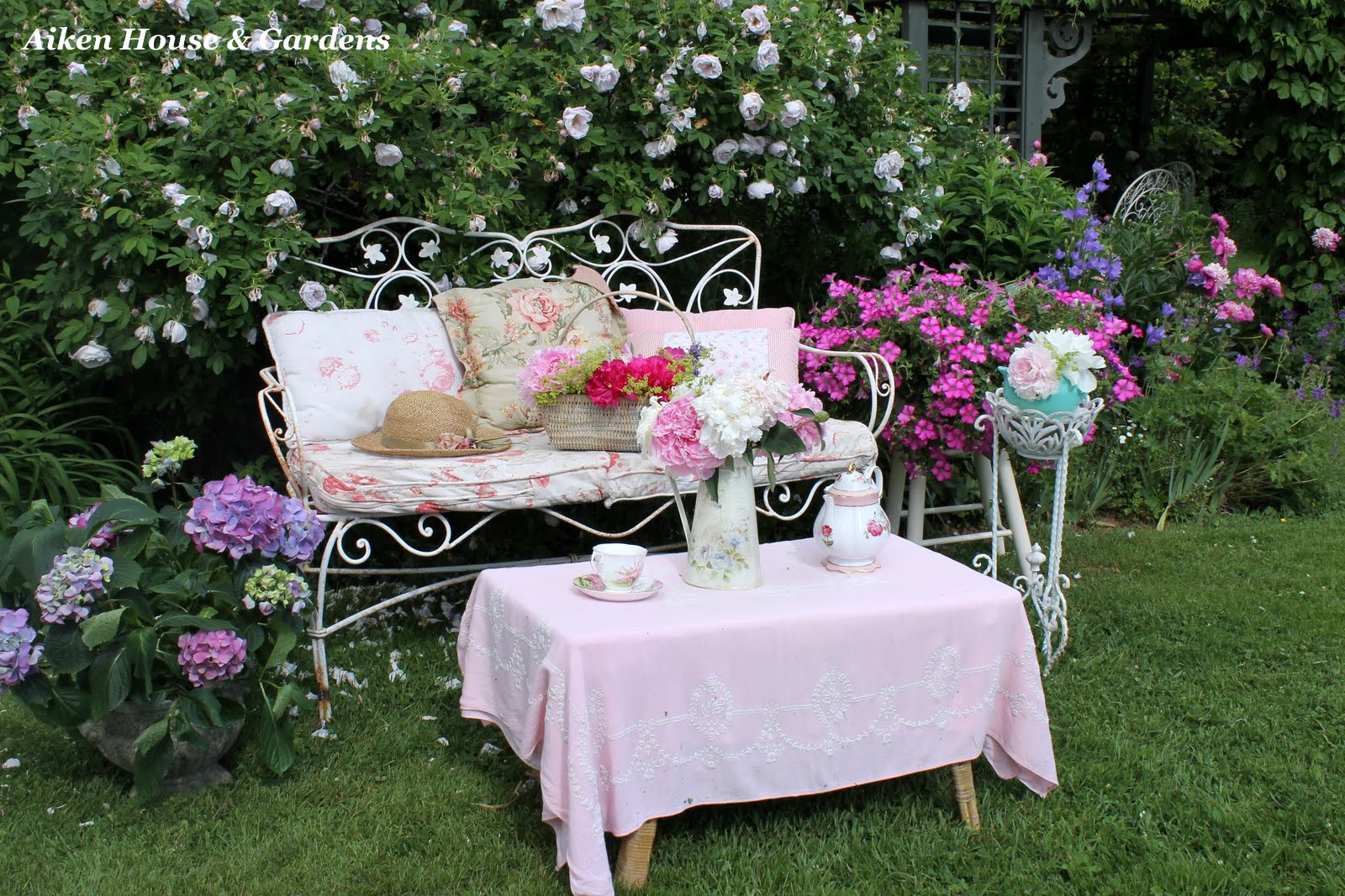белый цвет, растения, сад, уход за садом, декор, білий колір, сад, догляд за рослинами, декор